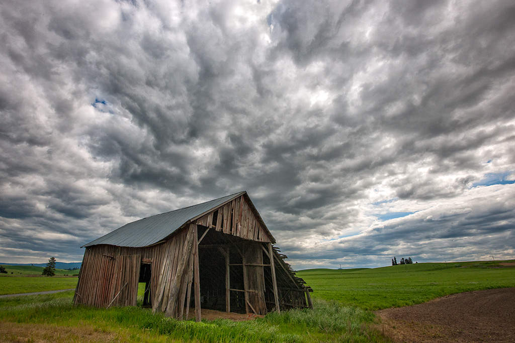 Palouse Barn – No HDR