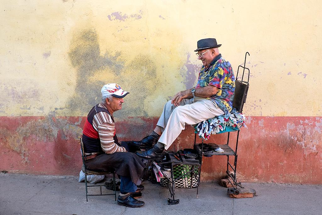 Cuba #3 – Shoe Shine